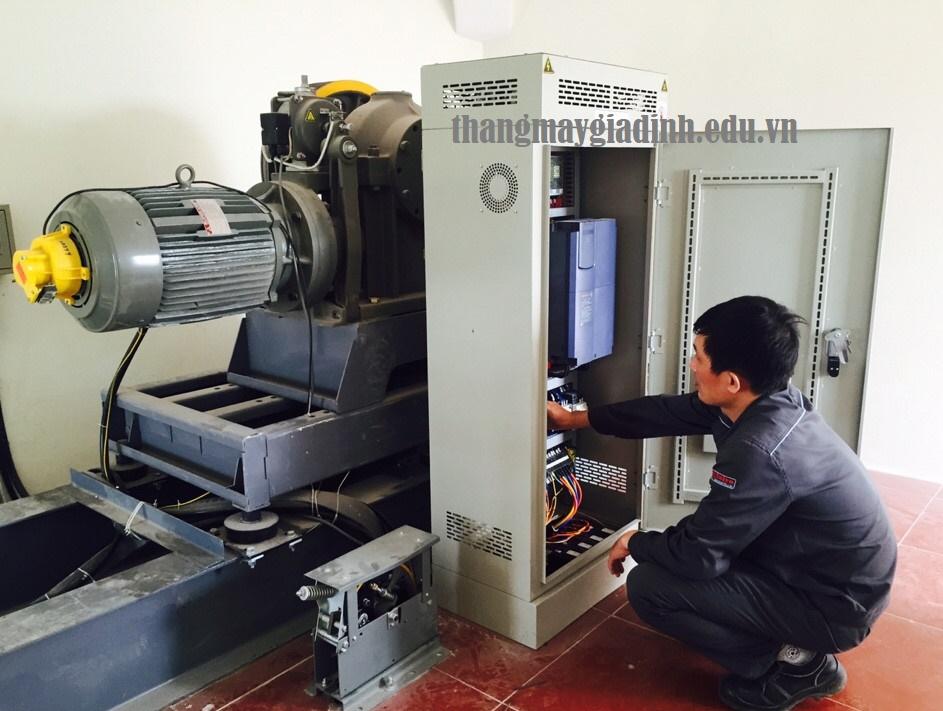 Các bước vệ sinh tủ điện điều khiển thang máy