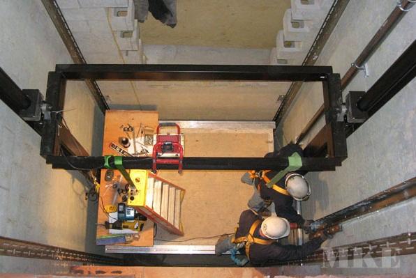 Cách giải quyết tình trạng thang máy ngấm nước