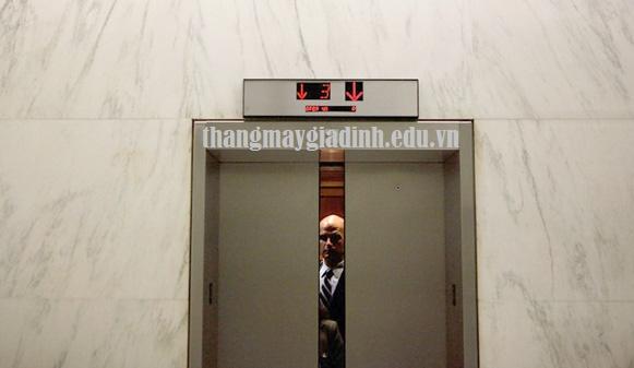 Giải pháp tình trạng thang máy mất điện