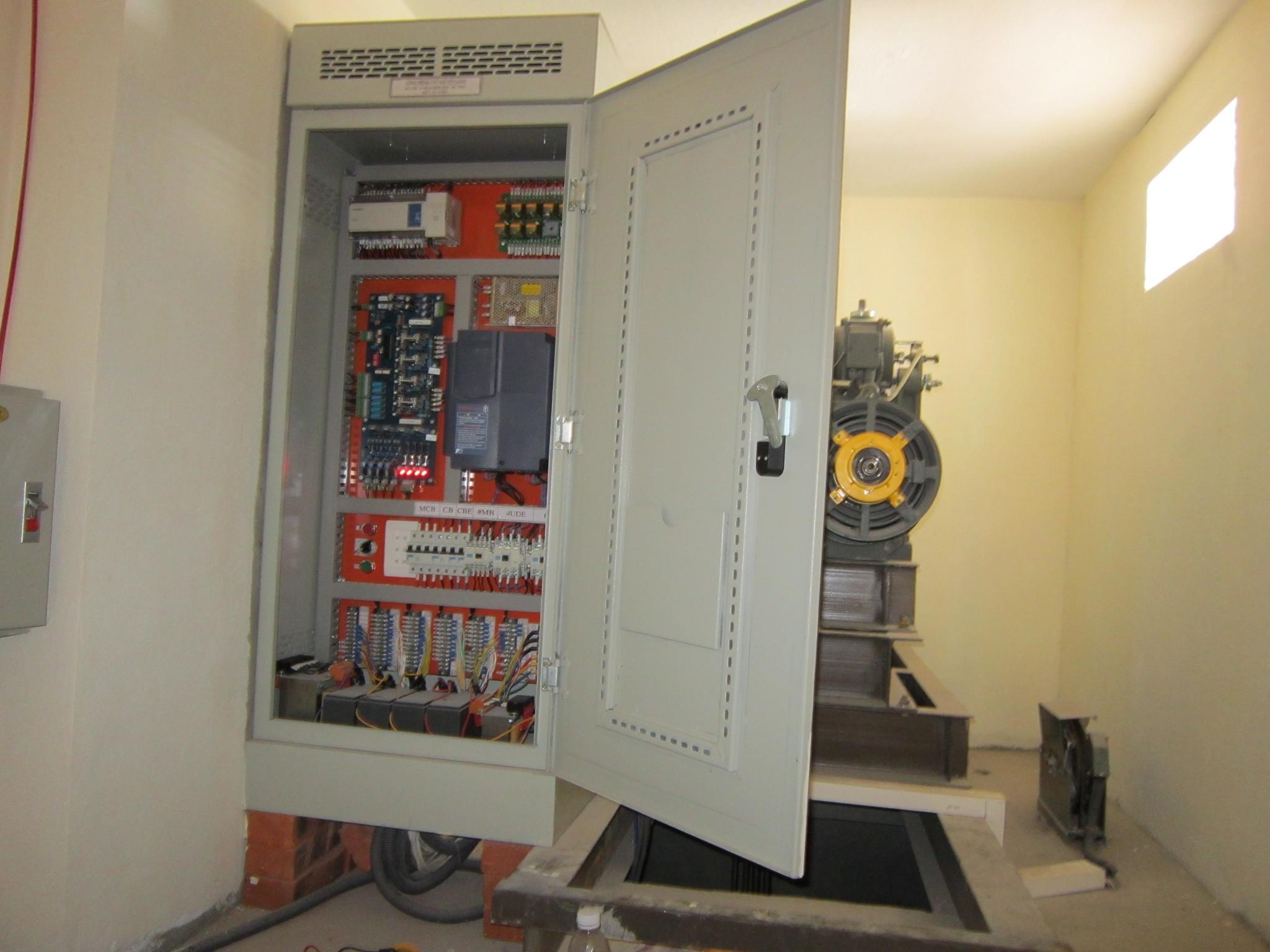 Lựa chọn điều khiển tín hiệu chất lượng cho thang máy gia đình