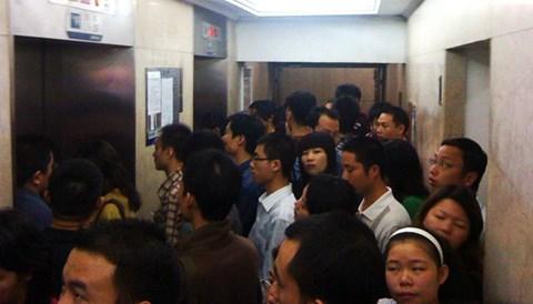 thang máy chung cư hay hỏng vì đâu?